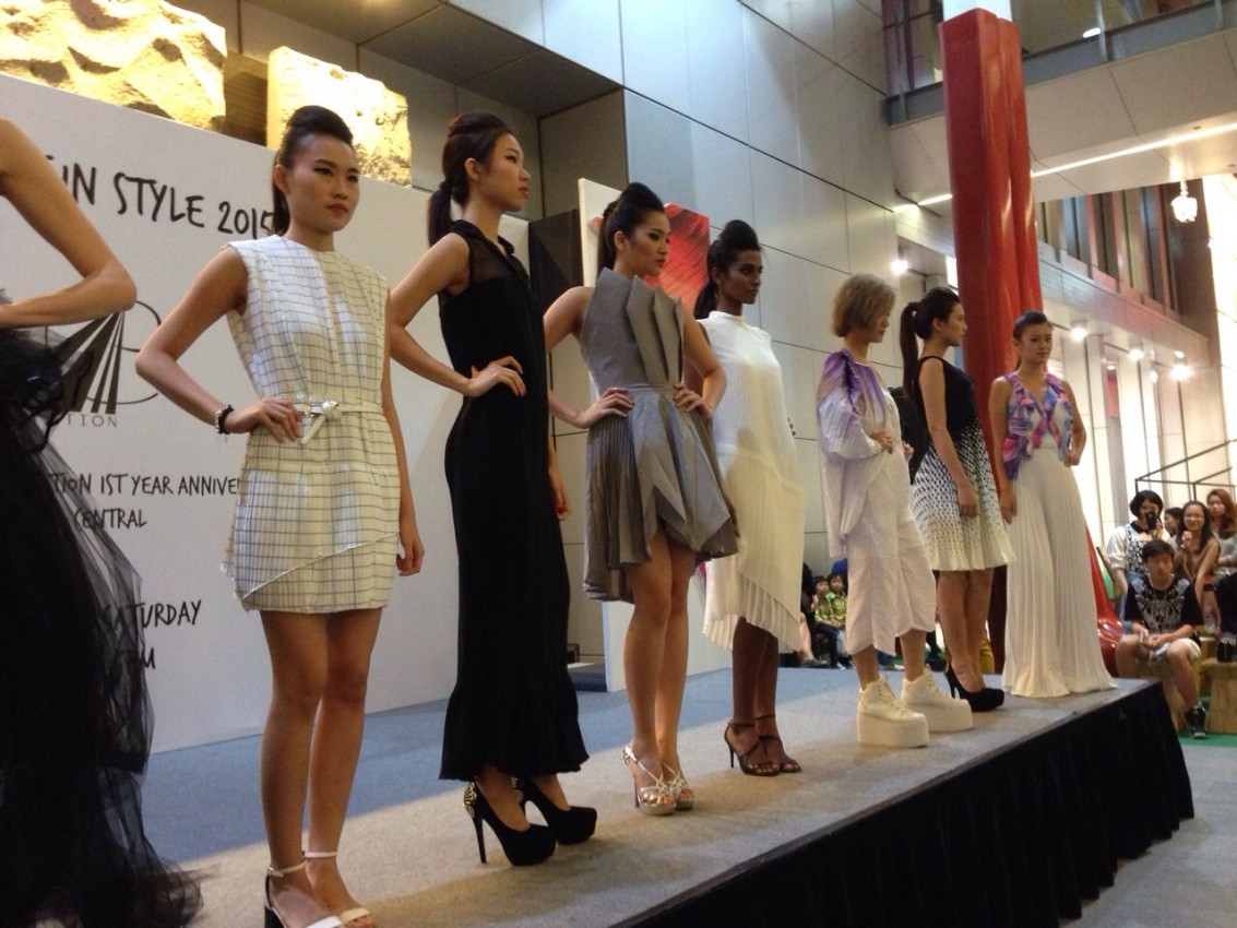 Pieces-of-the-top-10-finalists-were-presented-on-stage Com-pleat-ing in Style