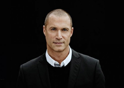 A Moment With Nigel Barker
