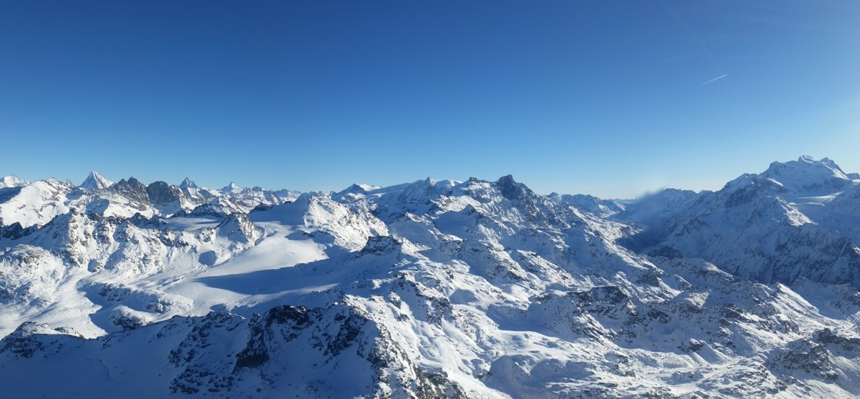 Panoramic-View-from-Mont-Fort-3330m
