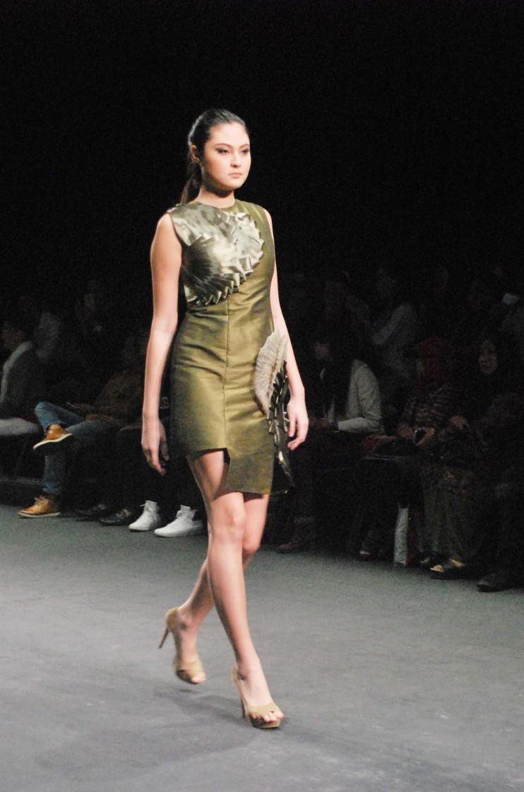 Sahar-Fattah-Hosseini-Garment-4